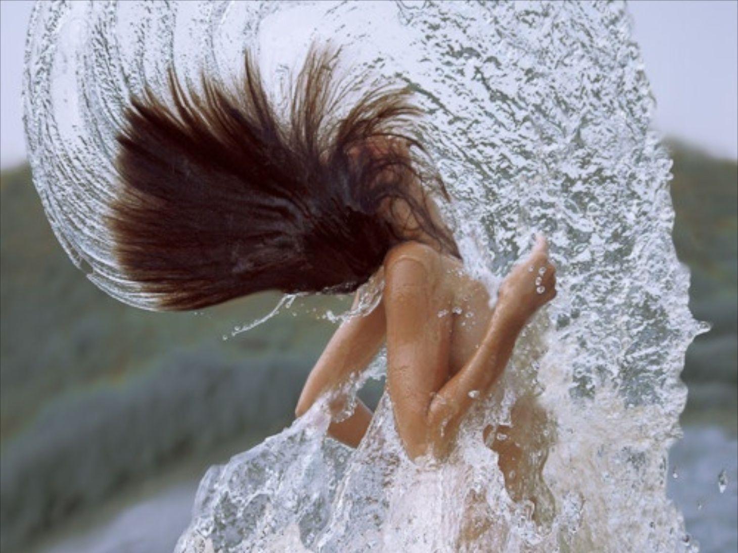 girlinwater1